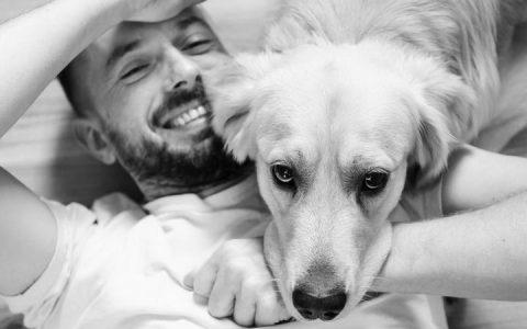 做一个被汪星人喜欢的人:狗狗喜欢的五种类型的人